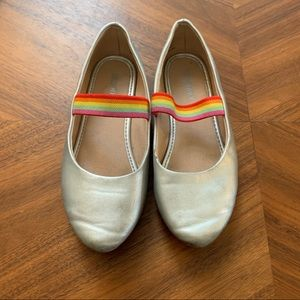 Metallic ballet flats with rainbow elastic strap